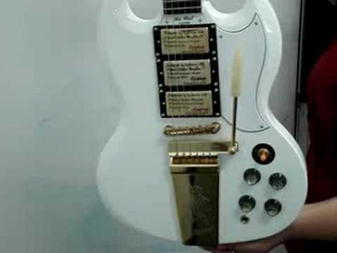 Epiphone SG 400 Custom Maestro Limited Edition Alpine White