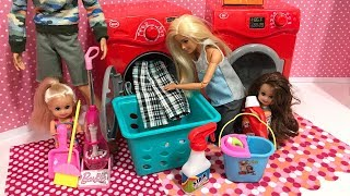 Barbie Family House Cleaning Routine!!