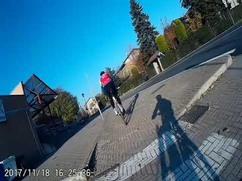 In bici nel centro di Castelnovo di Sotto