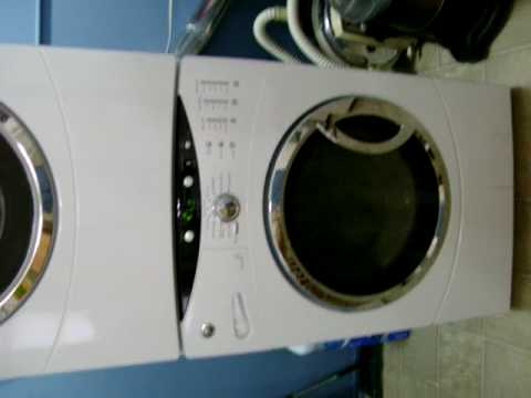 Ge Front Load Washer In A Basket Clean Cycle Youtube
