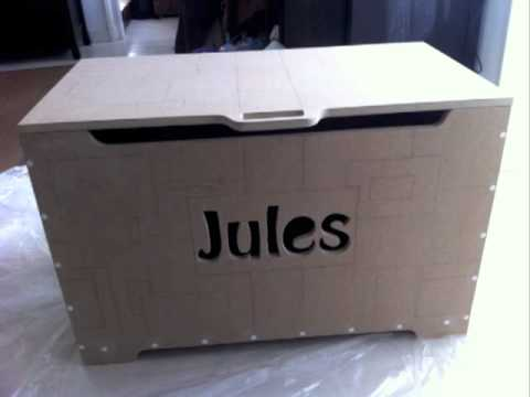 coffre jouet de jules youtube. Black Bedroom Furniture Sets. Home Design Ideas
