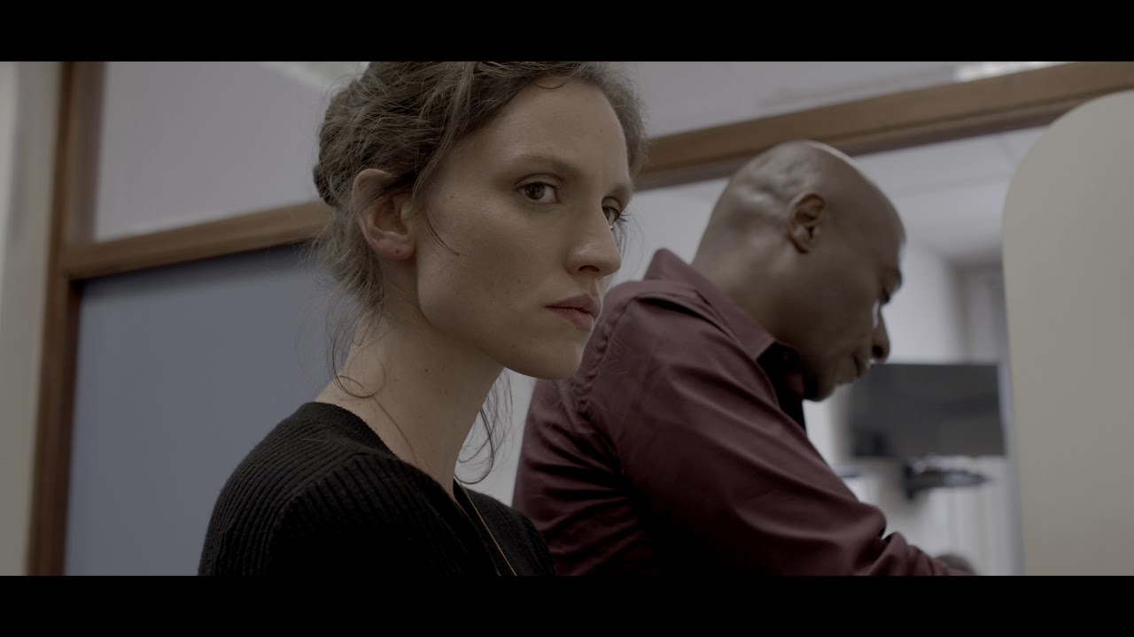 Le Service - Trailer