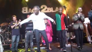 Baixar Gilberto Gil - Andar Com Fé - Encerramento Back2Black Festival, London, 01.07.2012.mp4
