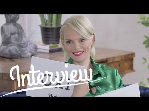 Έλενα Χριστοπούλου: Έχει αγοράσει ποτέ τσάντα «μαϊμού»; | DoT