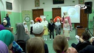 Дети легко читают Коран