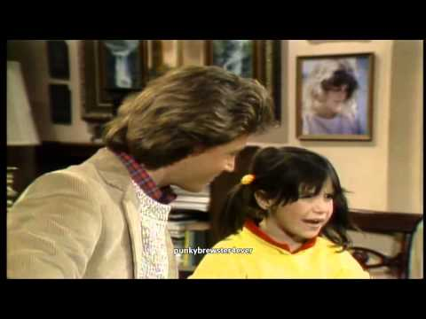 Andy Gibb sings on Punky Brewster   I Can't Help it