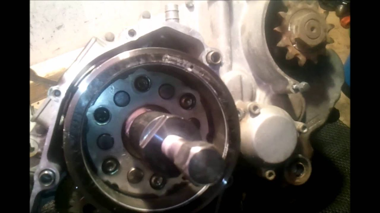 Yamaha Warrior  Flywheel Removal