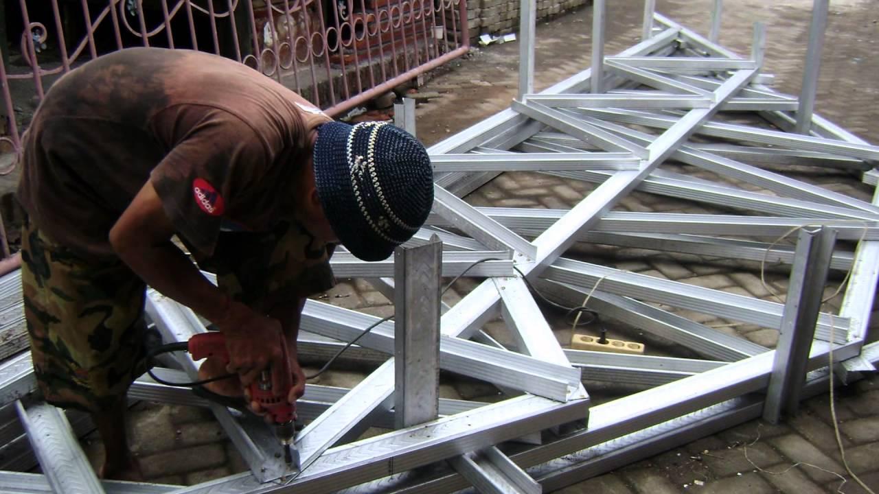 kanopi baja ringan di malang merakit rangka atap ringan, pemasangan ...