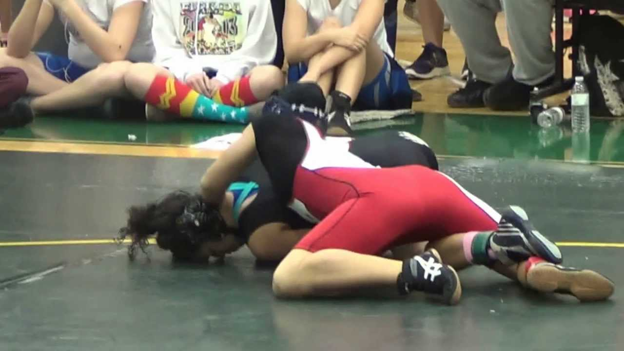 high school girls wrestling