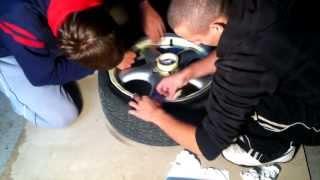 How to PlastiDip Rims in Black Matte COLORCHANGE (PlastiDip Alu kol) 2013