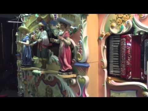 Draaiorgel speelt sienke Jonh de bever en kinderen voor kinderen