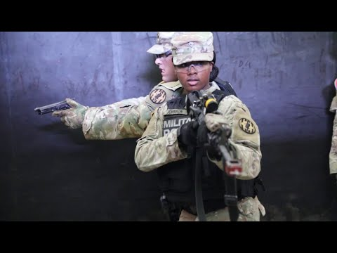 Military Police Participate In Shoot House Training