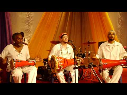 Omo Alagba Performs Songs for Odudua in front of Ooni in Ile-Ife, Nigeria