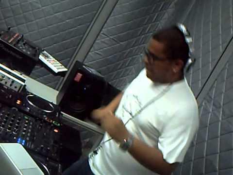 Mix Fm   Dj Silyvi live @ Mix Fm 96 5 estudio   Parte 1