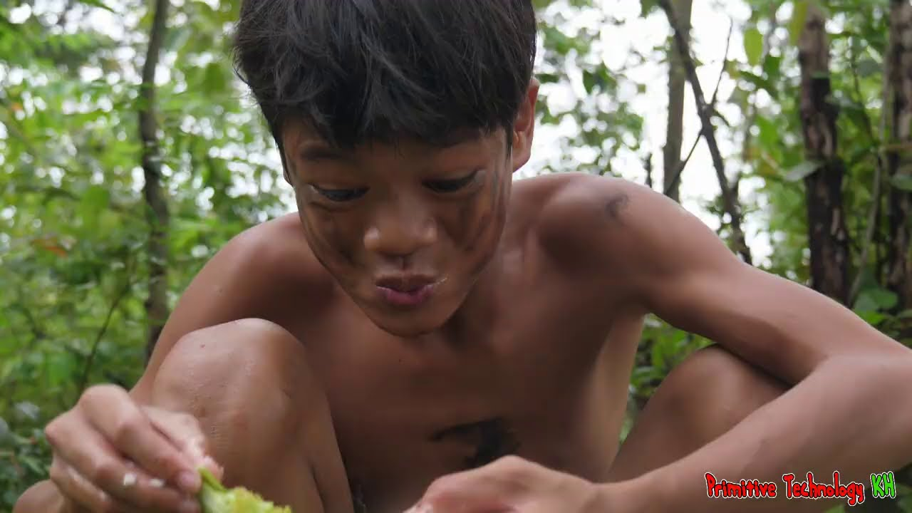 Primitive Technology - Eating Delicious - Cooking Red Fish On The Rock In Jungle #178