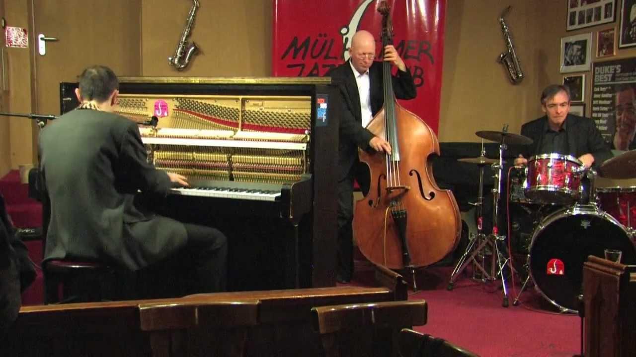 """Michael Alf Trio plays """"Boogie Woogie Stomp"""""""