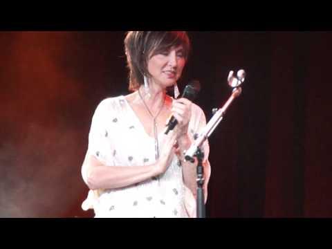 """Lorrie Morgan & Pam Tillis - """"Operator"""" - Moncton, New Brunswick"""