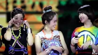 """[FANCAM] 121218 Krystal 's """"buing buing"""" @Shenzhen Year Show."""