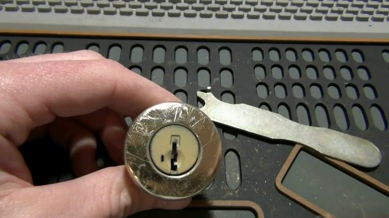 57 how to rekey a kwikset smart key lock without a working key youtube. Black Bedroom Furniture Sets. Home Design Ideas