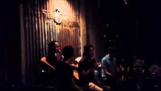 Tôn Cafe - Chênh Vênh (Acoustic Cover)