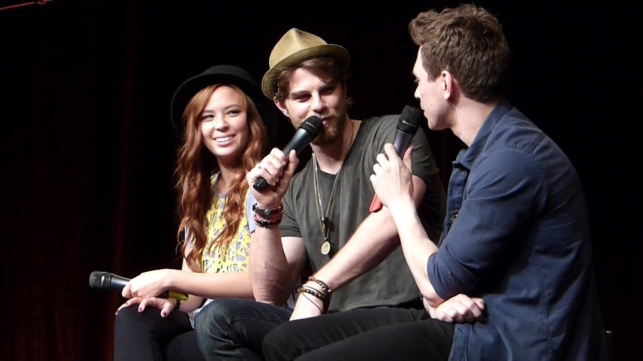 https://www.google.com/search?biw=1366