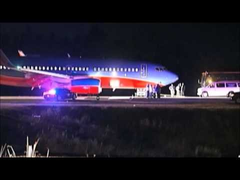 Southwest Airlines Grounds 2 Pilots After Landing On Wrong Airport