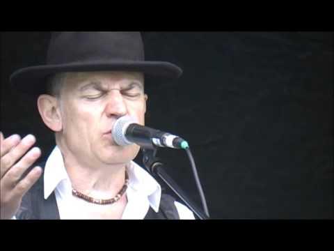 "Robin Bibi Band""Packing Up My Posessions""@Newark Blues Festival 15"