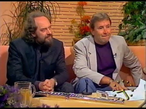 Interview With Ian Anderson & Reg Presley TV Clips deleted  ©1990