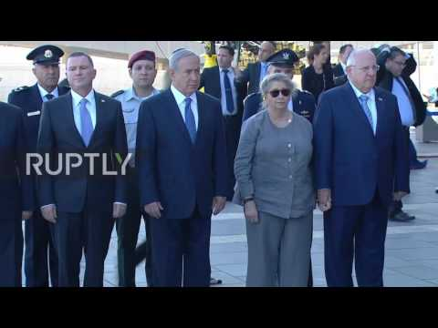 Israel: Netanyahu and Rivlin pay respects to former President Shimon Peres