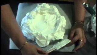 The Best Pavlova - Video Recipe