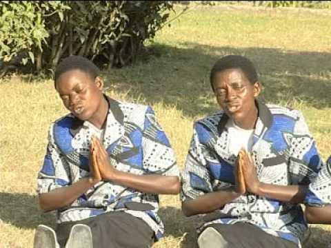 Kwa Viumbe Vyote Choir Ufunuo wa Yohana