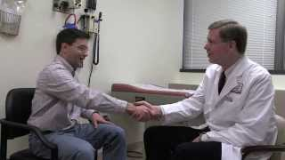 W. Marston Linehan and Patient Discuss HLRCC at NIH Clinical Center