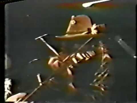 The Bash - The Dregs - Steve Morse & Mark O'Connor Square Off ('81)