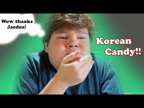 Trying Korean Candy!!!