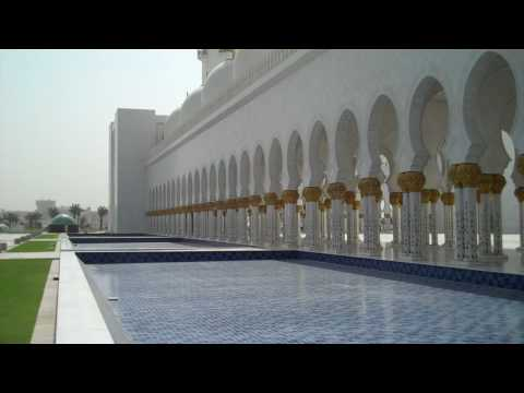 The majestic Sheikh Zayed Bin Sultan Al Nahyan Mosque