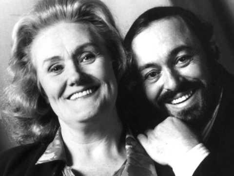 Dame Joan Sutherland & Luciano Pavarotti. Parigi O Cara. La Traviata.