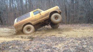 Wheelie Bronco, 44 Boggers, Deep Mud and Slick hills!!