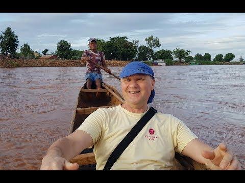 Madagascar Miandrivazo   crossing the Mahajilo River 2019 Madagaskar   Miandrivazo   prelazak rijeke