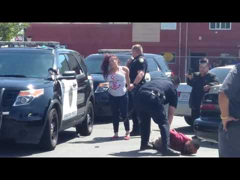 Women seeks revenge after mothers fender bender figh in Stockton CA at thrift store
