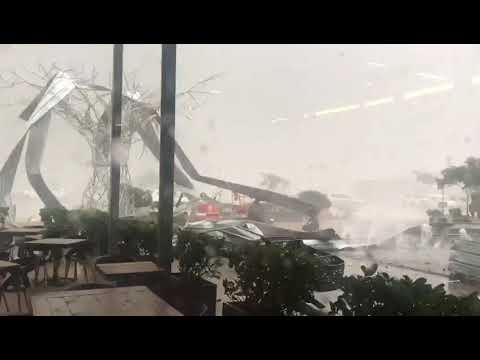 Tornado in Gauteng, South Africa. 9th October, 2017.Damages shopping mall and parked cars.