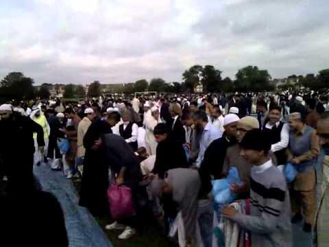 Tooting Bec Common Eid Namaz 2010 | Part 1