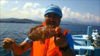 糸魚川の海の宿ペンション・クルーが所有する釣り船・海甚丸。 日中はま...