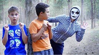 Серёжа боится ХEЙТЕРОВ !!! Кто следит за ребятами 24 часа в лесу? Фаст Сергей