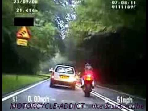 High Speed Motorcycle Chase UK 140 mph unmarked Police Bike