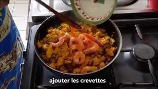 Recette de Paëlla poulet, chorizo, crevettes, moules. facile