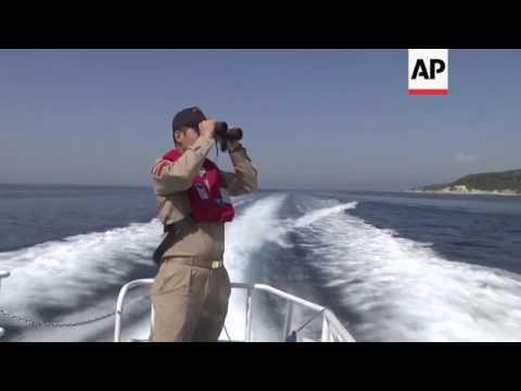Turkish coastguard patrols for migrant boats