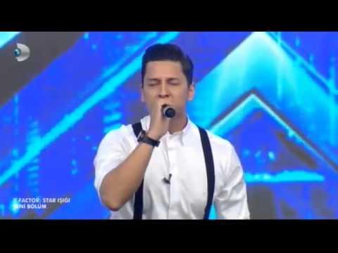 X Factor Salih ve Polat Performansı Beyaz