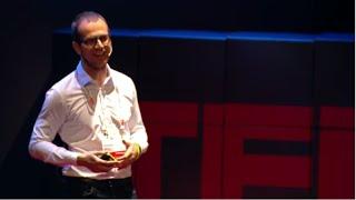 Il Digitale non esiste! Il ruolo della Digital Transformation | Alessandro Rimassa | TEDxPadova