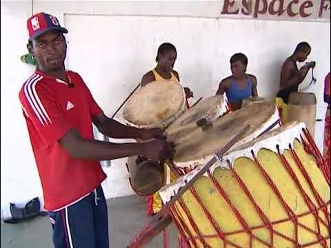Les tambours de Jicquel - Les Komono Wuma - Bacongo - Congo Brazzaville