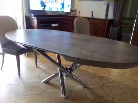 Table Ovale Pied Central Alexia Youtube